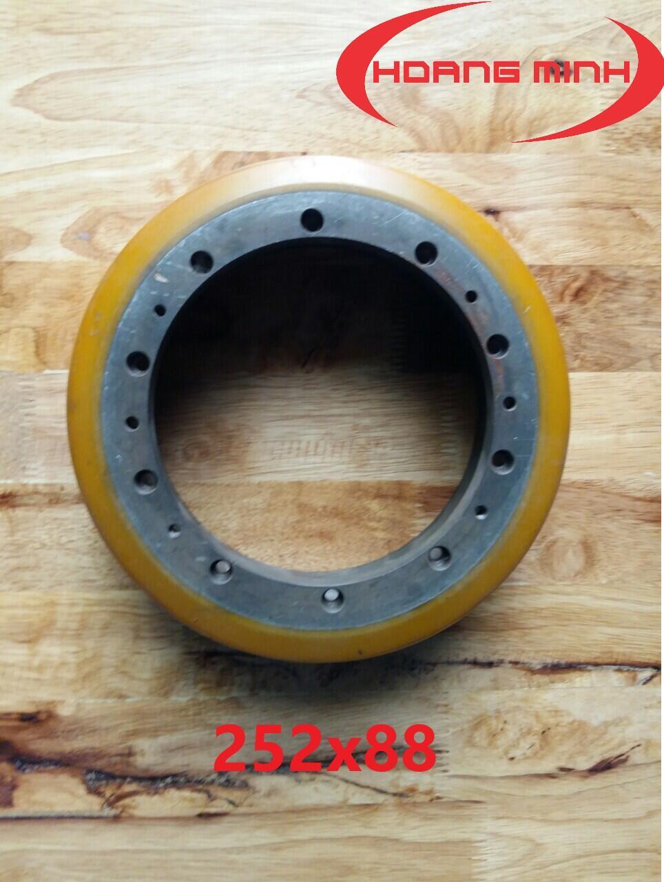 bánh xe nâng điện stacker 252x88