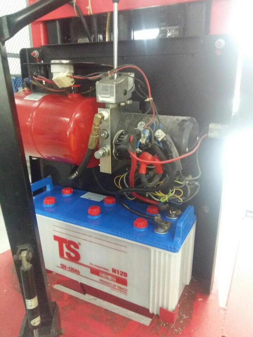 Sửa xe nâng điện