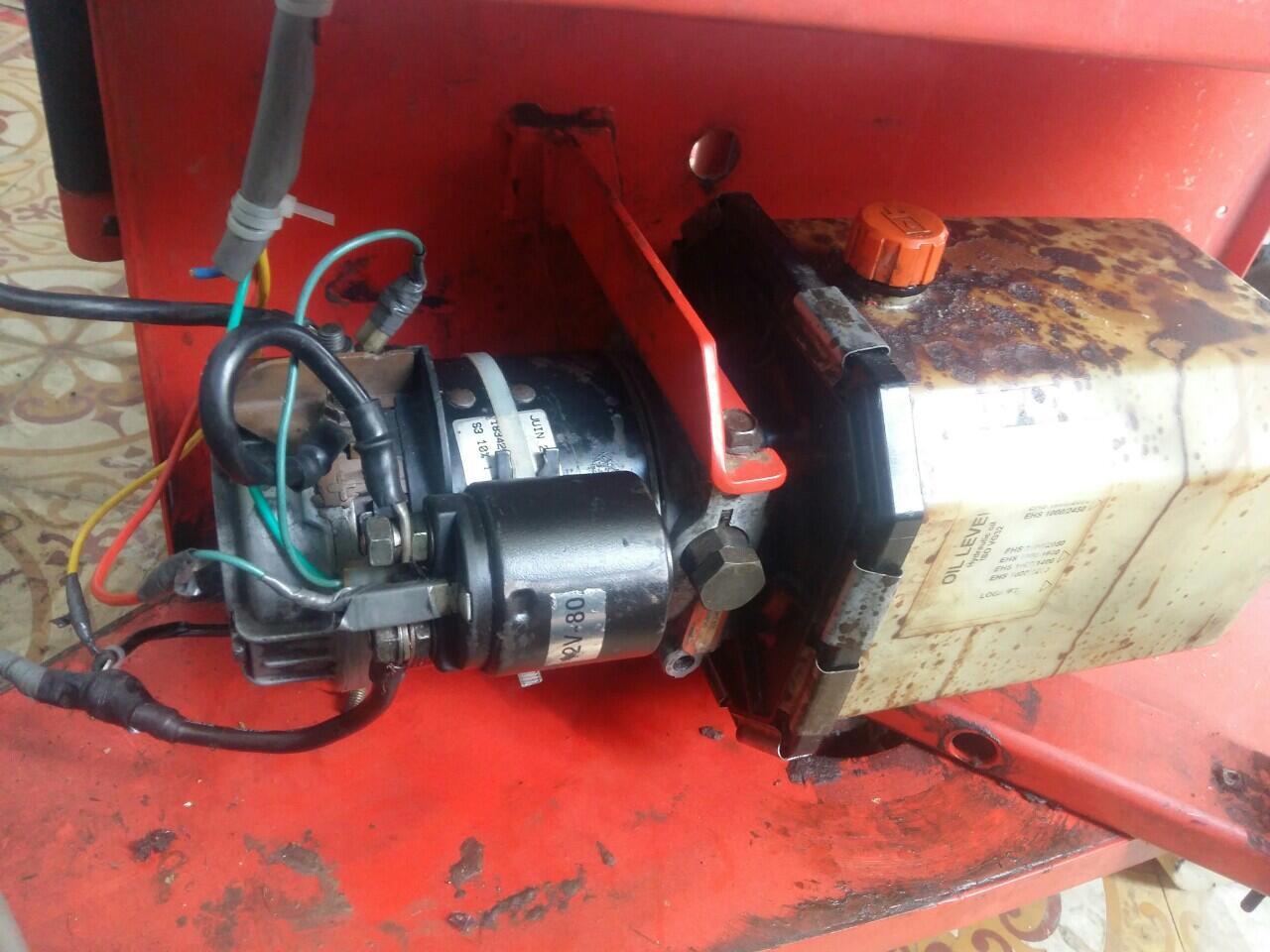 Sửa chữa xe nâng điện Stacker, cung cấp phụ tùng xe nâng điện