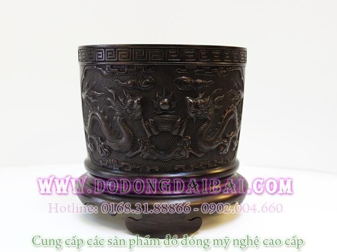 Bát hương đồng song long chầu nguyệt , với nhiều đường kính lựa chọn: đk 14cm, 15cm, 16cm, 18cm, 20cm, 23cm, 25cm, 28cm, 30cm.