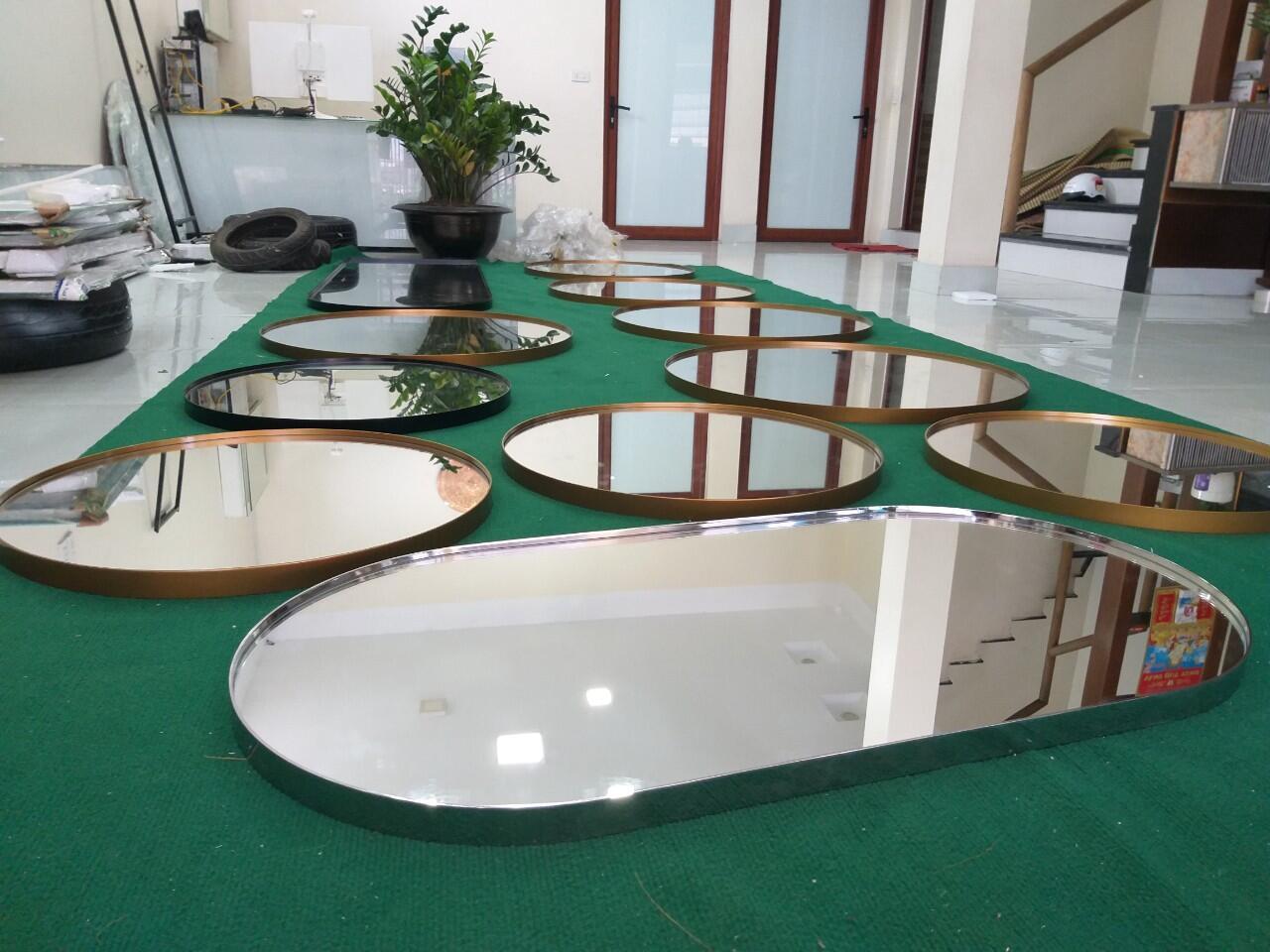 Hình ảnh thực tế gương phòng tắm Citybuilding CBJ 3470B inox bóng