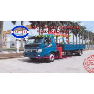 Xe tải thaco ollin 950A gắn cẩu unic URV555