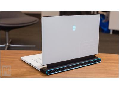 ALIENWARE M15 R2 - I7 9750H RTX 2070 MaxQ RAM 16GB SSD 512GB 15.6 Mới 100%