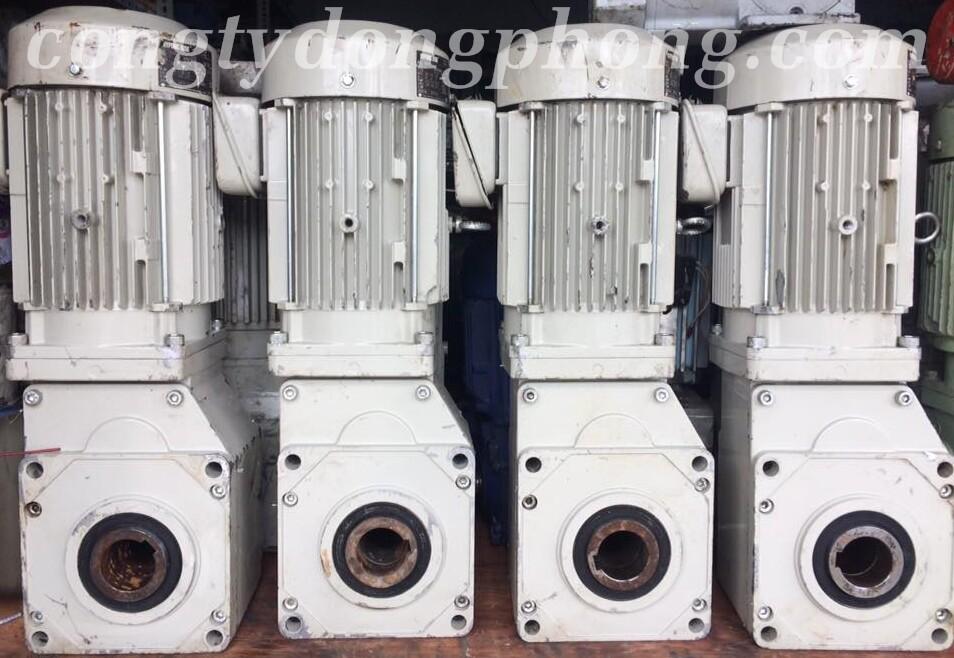 Motor giảm tốc cũ cốt âm