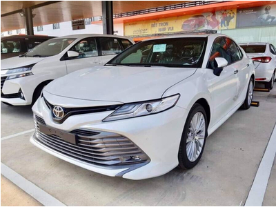 Toyota Camry 2.0G