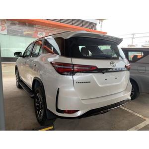 Toyota Fortuner Legender 2.4 AT Dầu 4x2