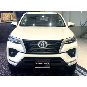 Toyota Fortuner 2.4 MT Dầu 4x2