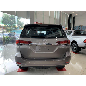 Toyota Fortuner 2.7AT Xăng 4x4