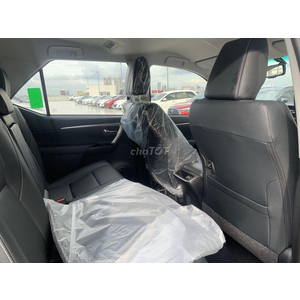 Toyota Fortuner 2.4AT Dầu 4x2