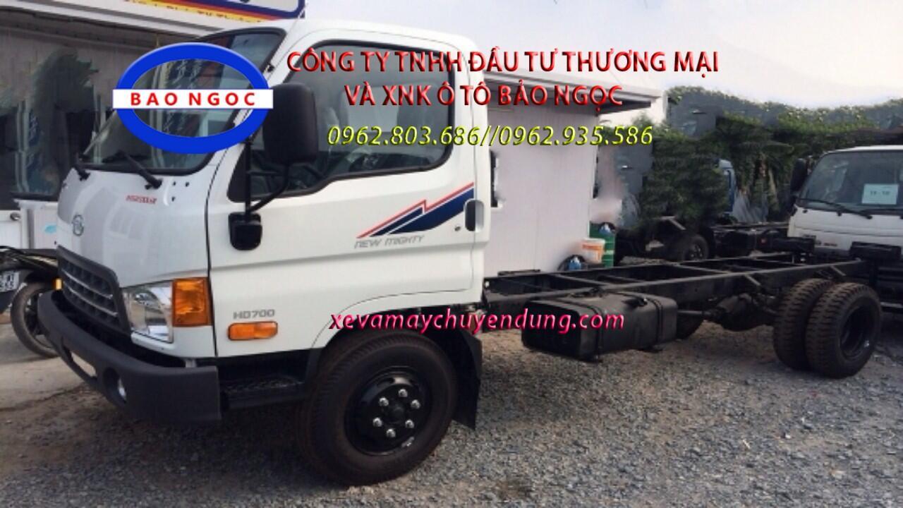 Xe chở rác thùng rời hyundai hd700