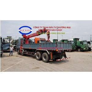 Xe tải 4 chân camc gắn cẩu unic 10 tấn 4 đốt
