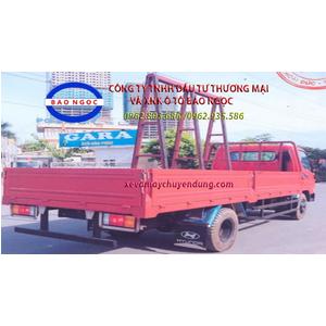 Xe tải chở kính hyundai hd 700