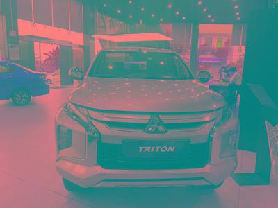 Mitsubishi Triton 4x2 AT Mivec Premium 2021