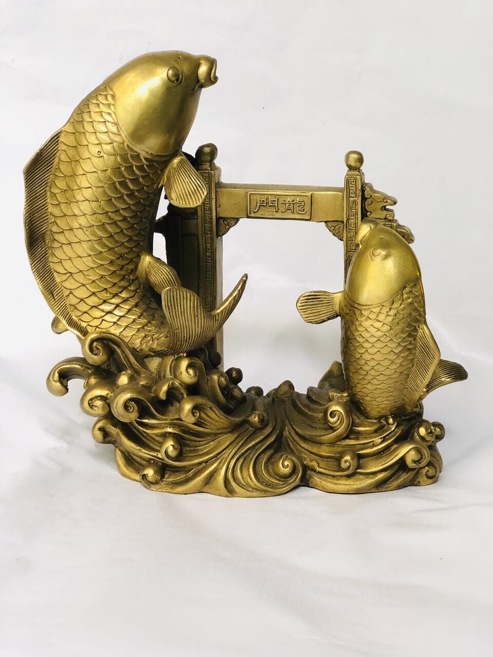 Cá chép vượt vũ môn bằng đồng phong thủy