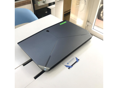 Dell Alienware 17 R3 (Core i7-6700HQ | Ram 8GB | SSD 256GB | 17.3 inch FHD | Nvidia GTX 970M)