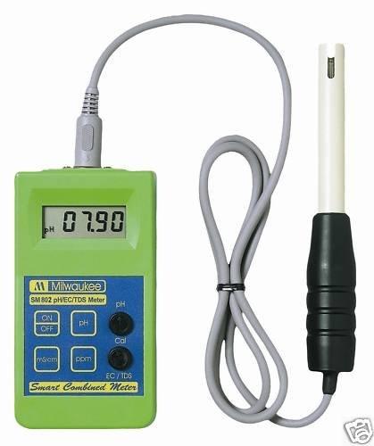 MÁY ĐO pH/EC/TDS CẦM TAY ĐIỆN TỬ HIỆN SỐ Model SM802 – Hãng sản xuất: MARTINI – Rumani