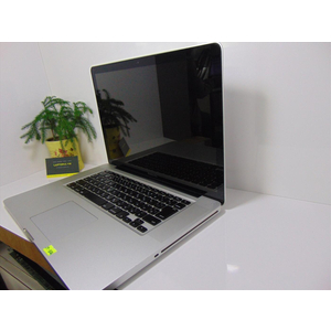 Macbook Pro MC721    i7~2.0GHz    Ram 8G/SSD 128    15.4