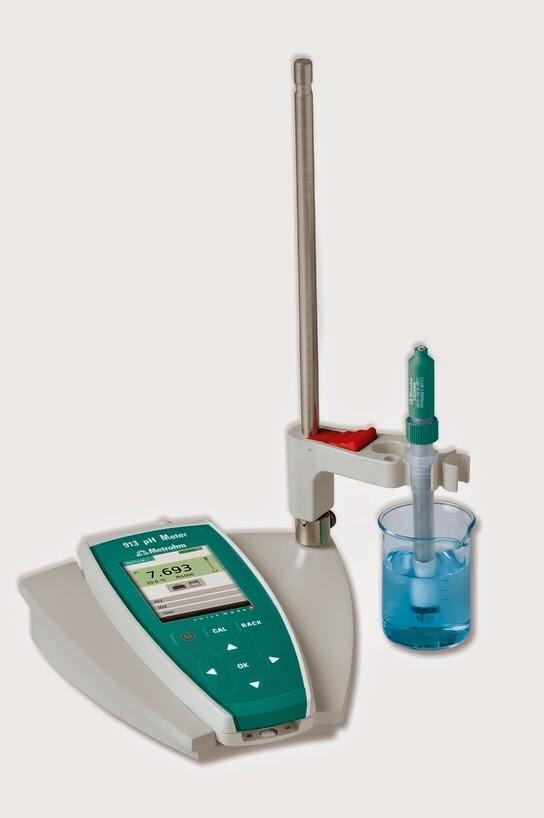 Máy đo pH cầm tay - Metrohm