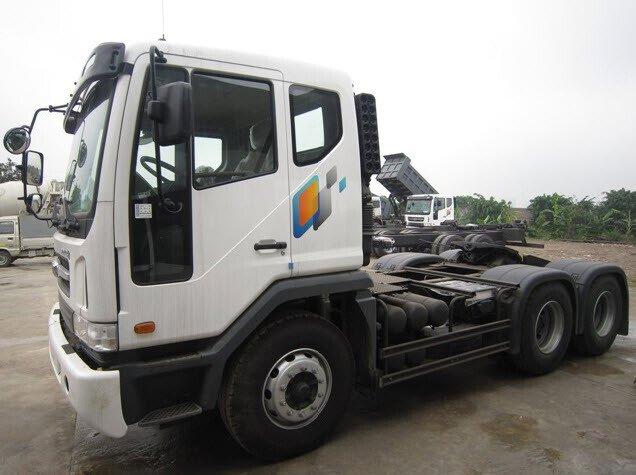 Đầu kéo Daewoo 2 cầu 6x4, 80 tấn, động cơ 420 hp euro 4
