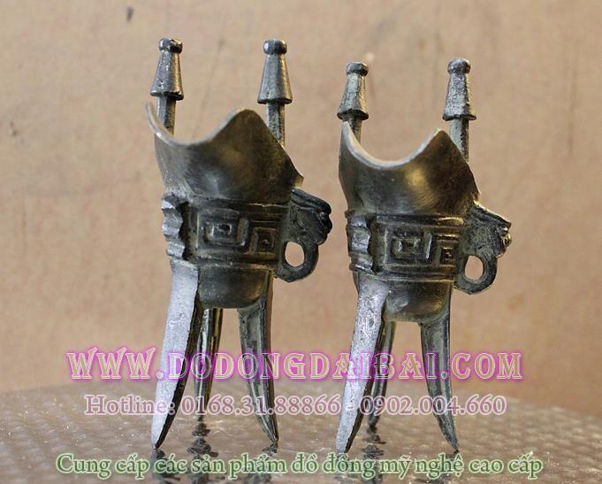 Đôi chén thờ giả cổ thời Tần