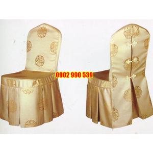 Áo ghế nhà hàng vải gấm vàng