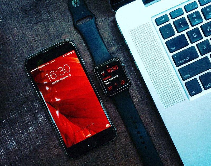 Apple Watch SR1, 42mm, mặt thép không gỉ, dây thép Milan màu đen