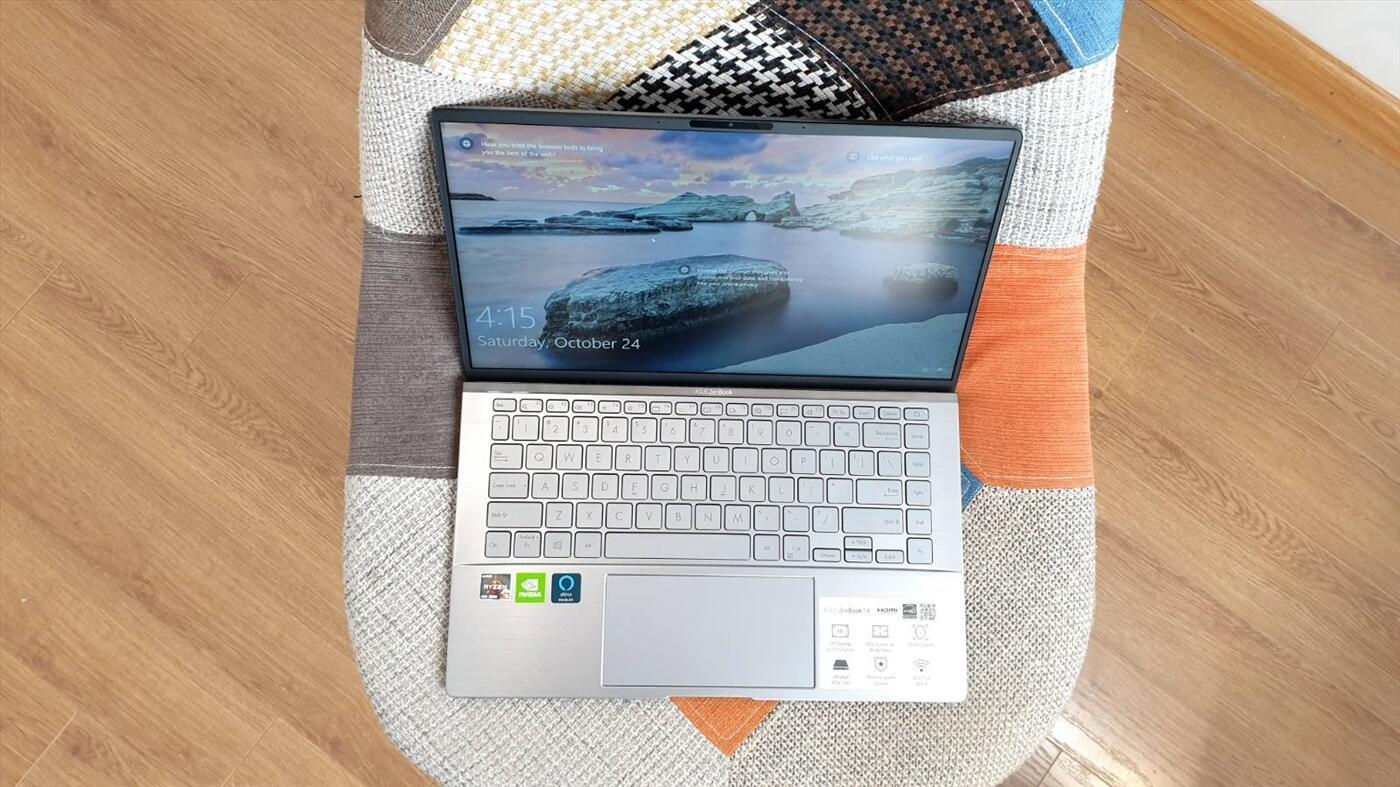 Asus Zenbook 14 Q407IQ   Ryzen 5-4500U   RAM 8GB   SSD 256GB   VGA NVIDIA MX350   14.0 FHD NEW