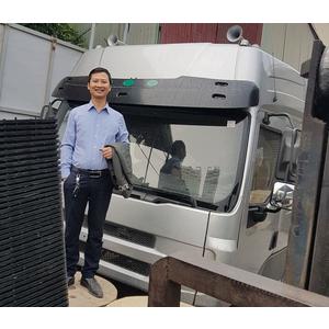 Bán cabin xe tải thùng 4 chân 5 chân CHENGLONG giá tốt nhât.