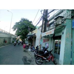 Bán căn hộ mặt tiền LẦU 1 chung cư số 3 Nguyễn Biểu P1 Q5