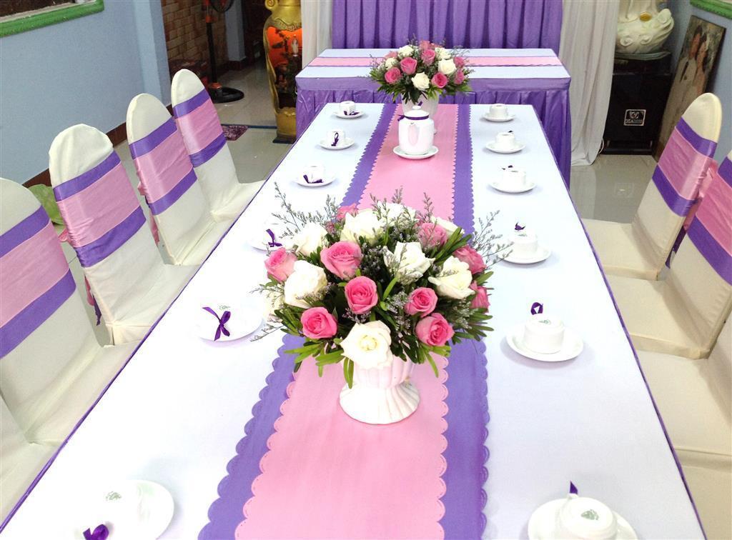 Cho thuê bàn ghế giá rẻ tại quận 12, HCM - Tuấn Nguyễn