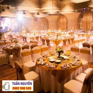 Bàn ghế nhà hàng tiệc cưới giảm giá