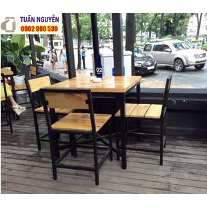 Bàn ghế quán ăn gô thông