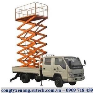 Bàn nâng trên xe tải