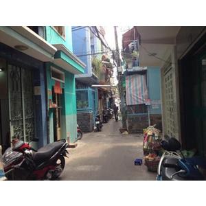 Bán nhà 110/20 đường Lê Quốc Hưng, phường 12, Q 4