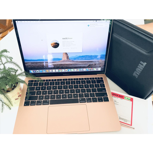 "Macbook air 2018 Core i5 || RAM 8G/ SSD 128G || LCD 13"""