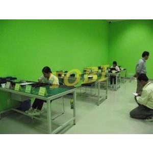 Bàn thao tác Công ty PHONAK (1)