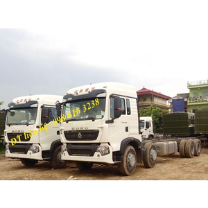 Bán xe thùng 4 chân 17.9 tấn Howo T5G 310 340 Ps, xe thùng mui bạt, xe chassi Howo T5G máy điện