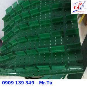 Băng tải PVC xanh gia công dán gờ