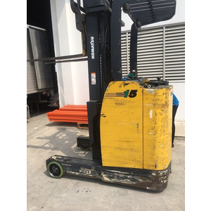 Bánh tải Komatsu FB15RS-12