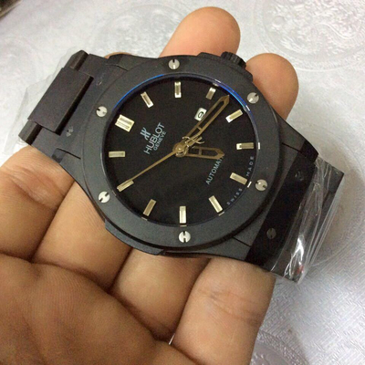 Đồng hồ nam Hublot Stainless Steel classic automatic HBL040