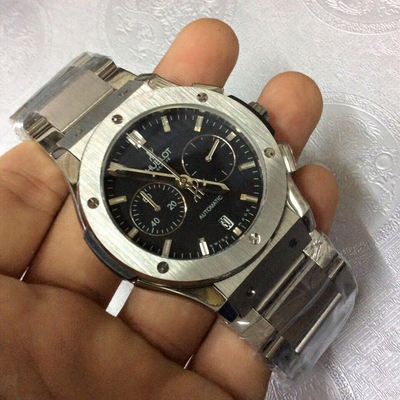 Đồng hồ nam Hublot chronograph automatic Stainless Steel HBL042