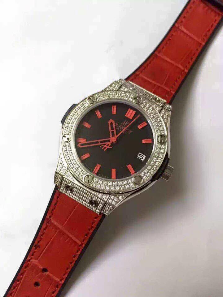 Đồng hồ nữ Hublot diamond stainless steel case dial red HBL067