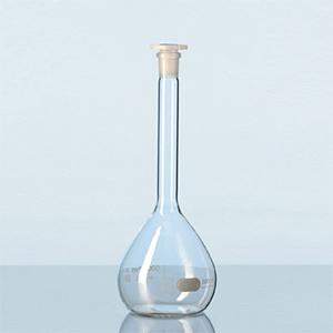 Bình định mức thủy tinh trắng, nút nhựa PE bát giác, class A - DURAN