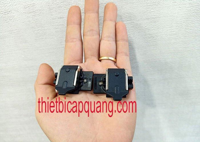 Bộ kẹp sợi máy hàn quang Fujikura 60S