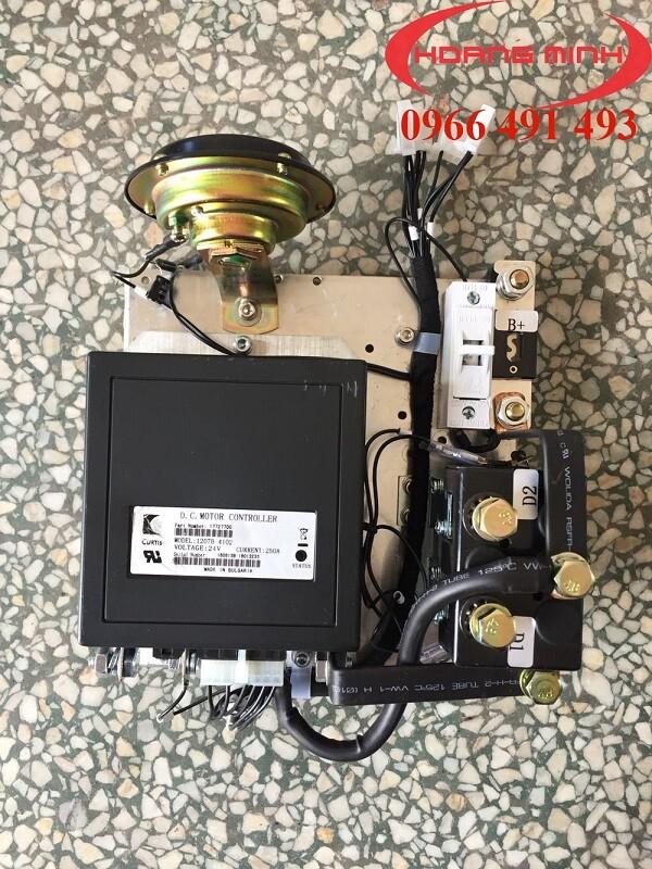 BỘ ĐIỀU KHIỂN MOTOR DC CURTIS 1207B-4102
