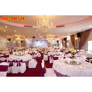 Bọc ghế tiệc cưới