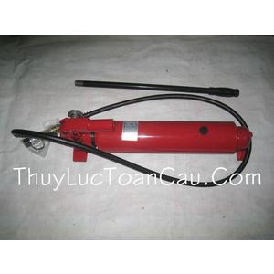 Bơm dầu thủy lực bằng tay TAT CP-700A