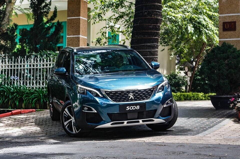 Peugeot 5008 màu Xanh Ngọc