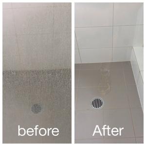 Cách tẩy kính nhà tắm bị ố mốc cặn kết tủa