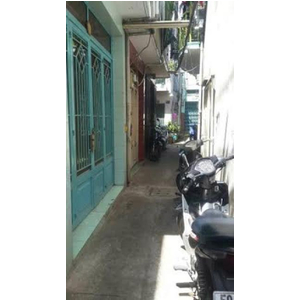 Cần bán căn nhà số 692/21/30, đường Đoàn Văn Bơ, p.16, quận 4.